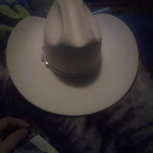 A brand new pure White cowboy hat
